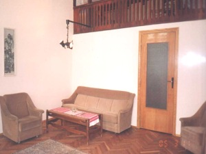 1-bedroom Lviv Apartment on Svobody Ave.