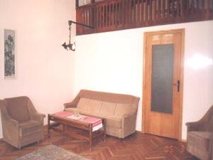 1-bedroom Lviv Apartment on Svobody Ave.